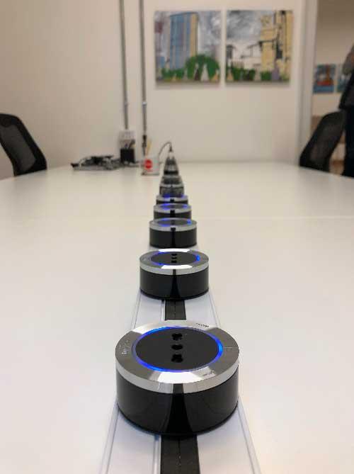 Smart Working è anche una presa di corrente Smart - Coworking Milano Duomo